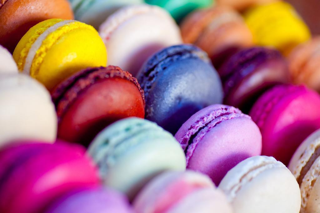 Foto von vielen bunten Süßigkeiten