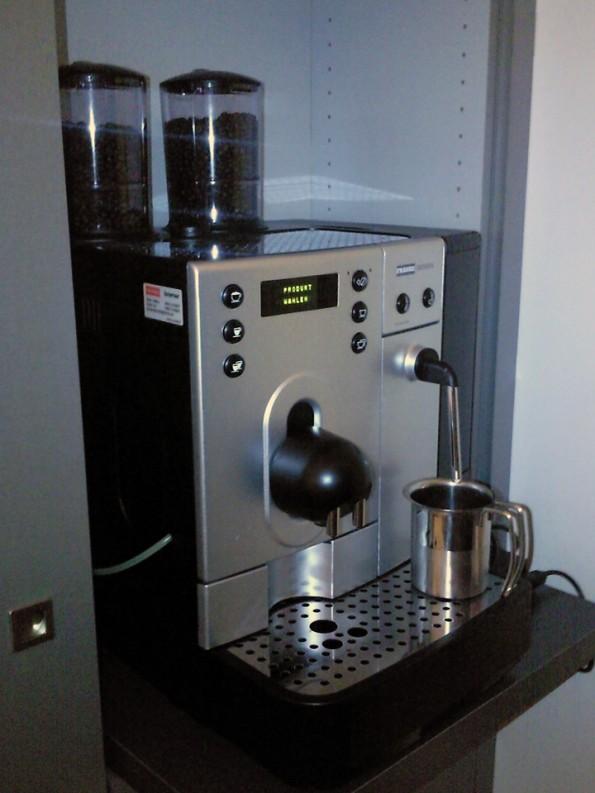 Kaffee-Vollautomat der infomax websolutions GmbH