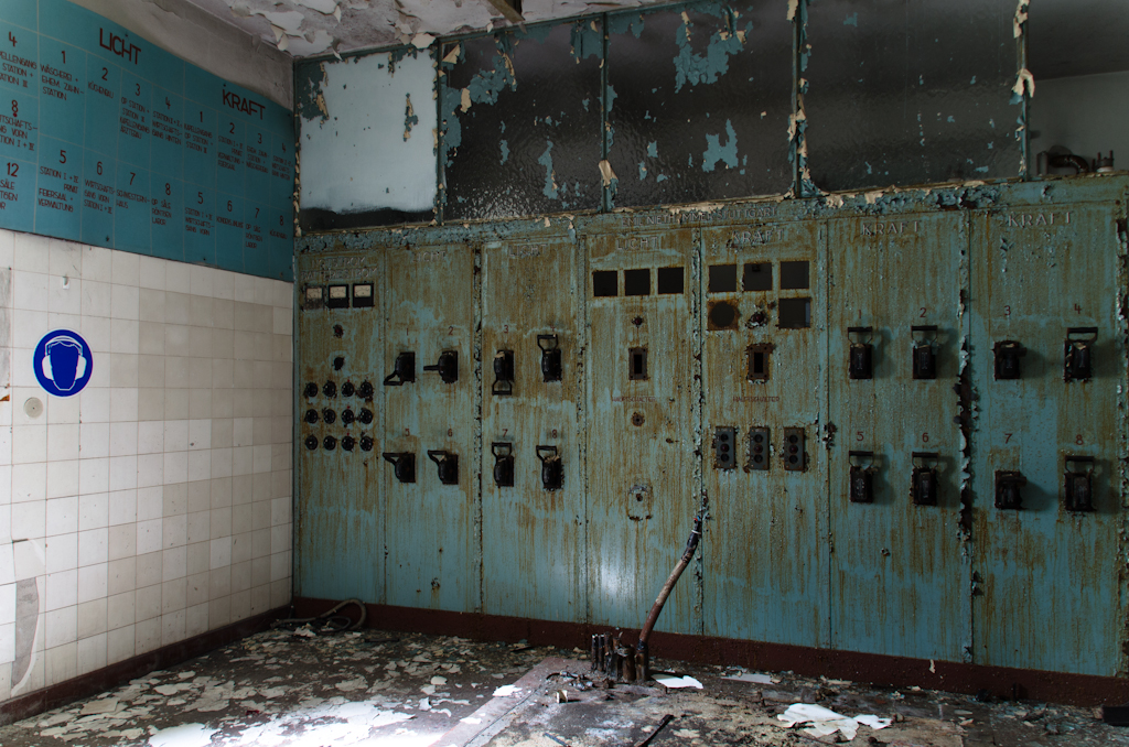 Schalttafel einer verlassenen Kurklinik, mit der die wichtigsten Bereiche gesteuert werden konnten.