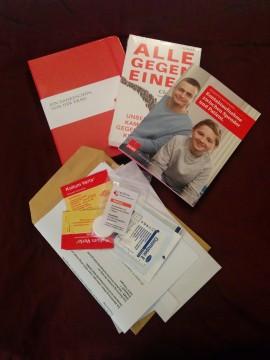 Kleine Geschenke in Form von Büchern und Broschüren nach der Stammzellenspende.